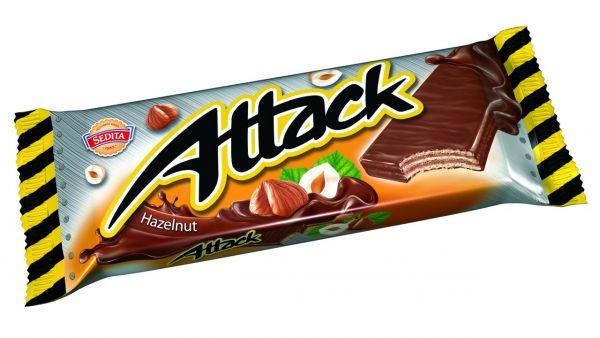 Attack Oplatka lískový oříšek - mit Haselnüssen in Milch-Kakao-Glasur